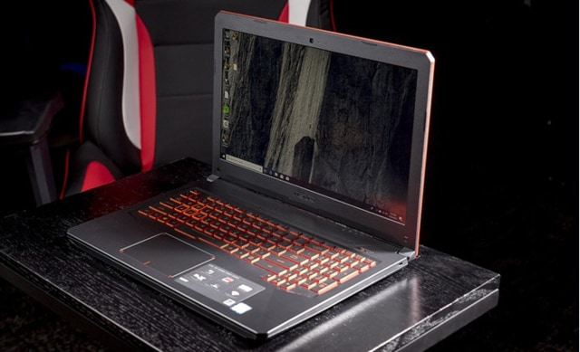 ASUS TUH GAMING LAPTOP