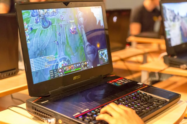 MSI Best perfomance gaming laptop